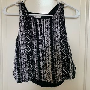 pattern Urban Outfitters crop tank